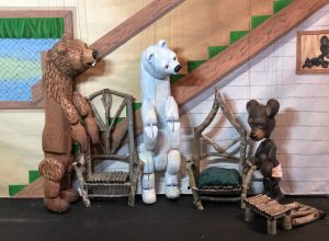 Stevens Puppets: Goldilocks and the Three Bears